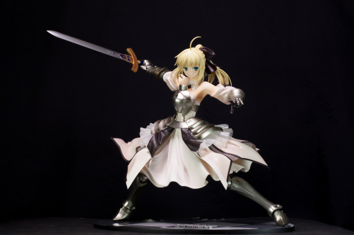 GSC Saber Lily Distant Avalon-002
