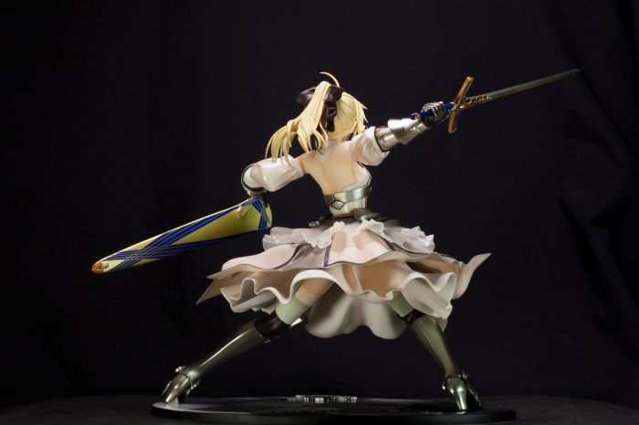 GSC Saber Lily Distant Avalon-007