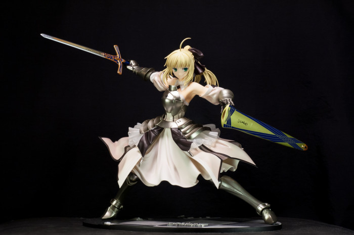 GSC Saber Lily Distant Avalon-001